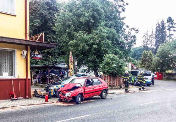 Policie dopravní nehoda Bělá pod Bezdězem