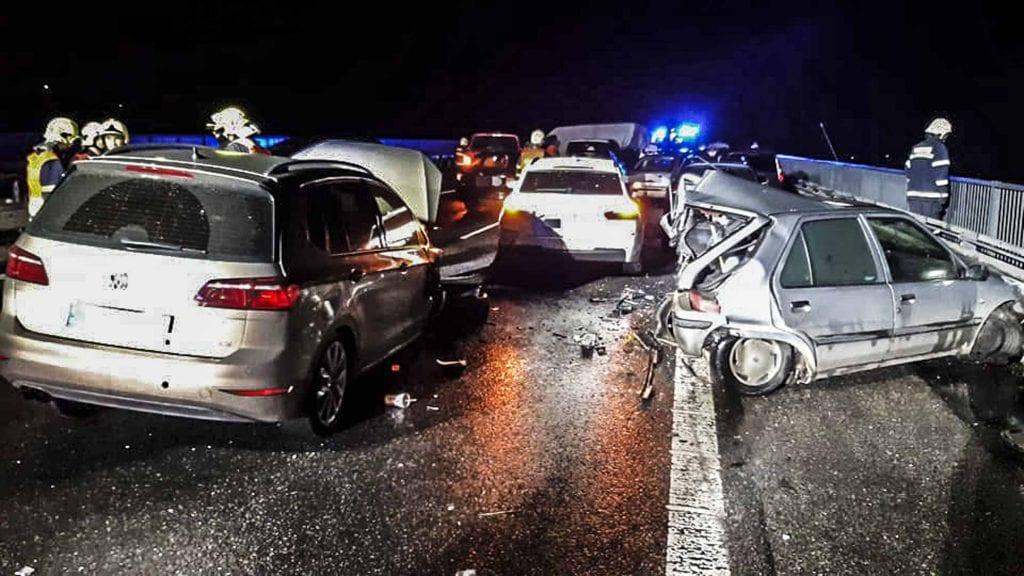 Hromadná havárie na D10