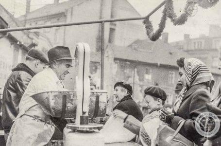 Prodej vánočních kaprů Na Kozině / Historie Mladá Boleslav