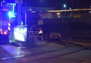 Vůz v kolejišti zastavil provoz vlaků z Mladé Boleslavi do Dolního Bousova