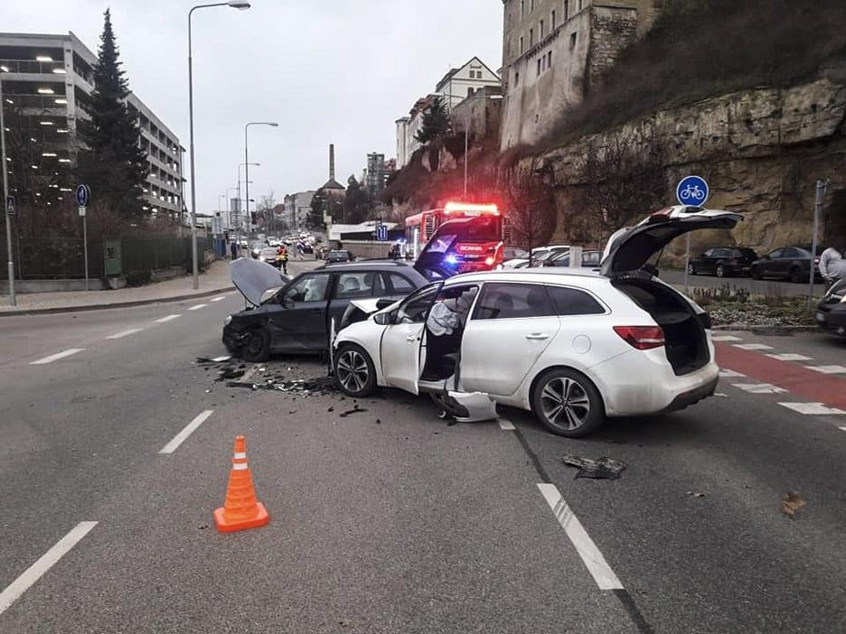 Nehoda Ptácka ulice Mladá Boleslav, zdroj: HZS