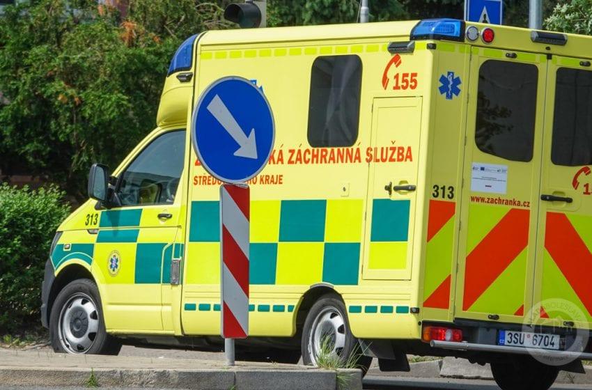 Zaklíněného řidiče u Brodců vyprostili z auta až hasiči