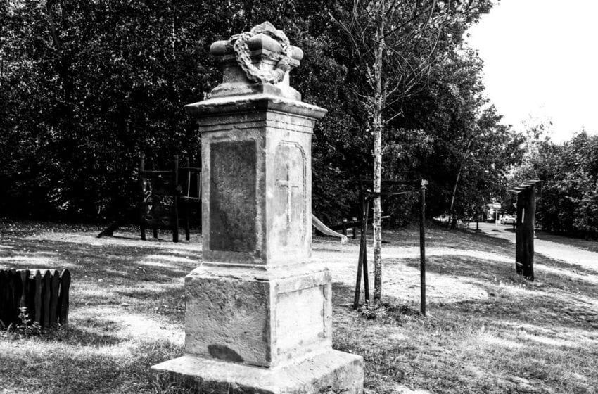 Radouč: dnes parčík, dříve hřbitov