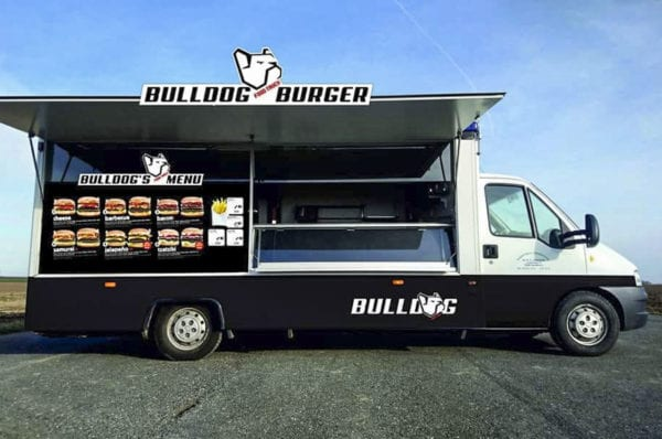 Bulldog food truck nově u Olympie / Mladá Boleslav