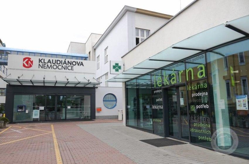 V Klaudiánově nemocnici je 90 pacientů s covidem-19