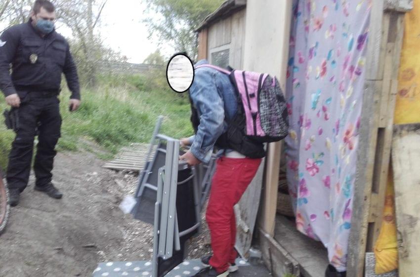 Krádež u prodejny Asko v Mladé Boleslavi