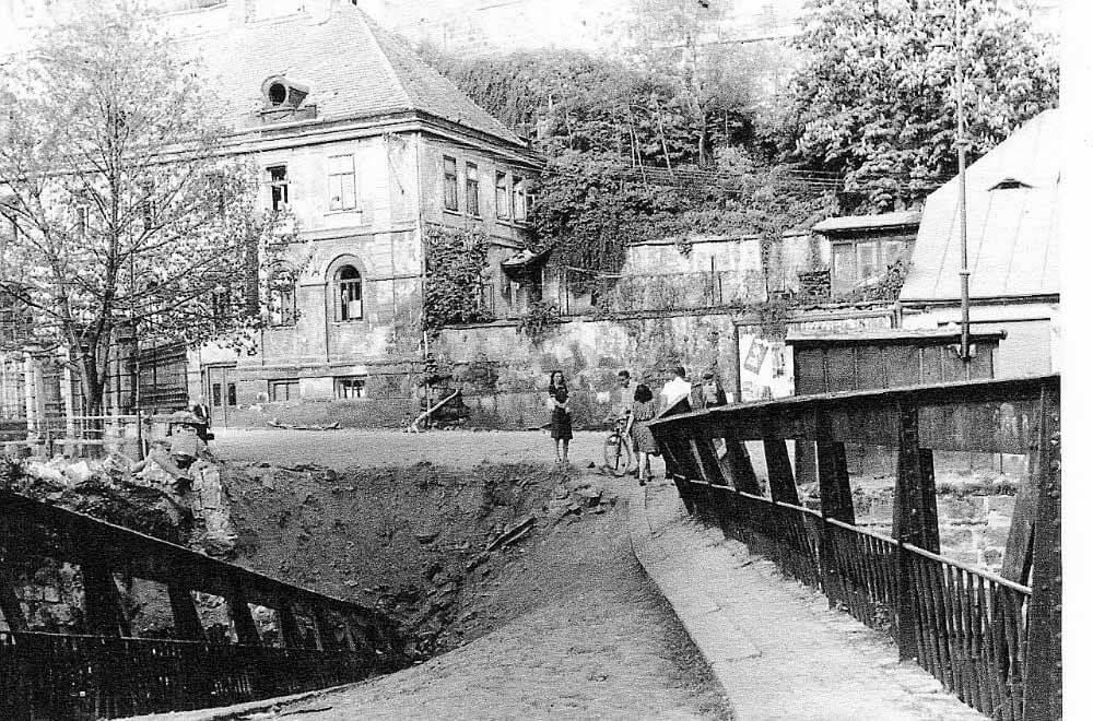 Bombardování Mladé Boleslavi 1945 Ptácká ulice