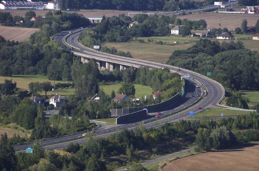 Dopravní nehoda na D10 u Mnichova Hradiště