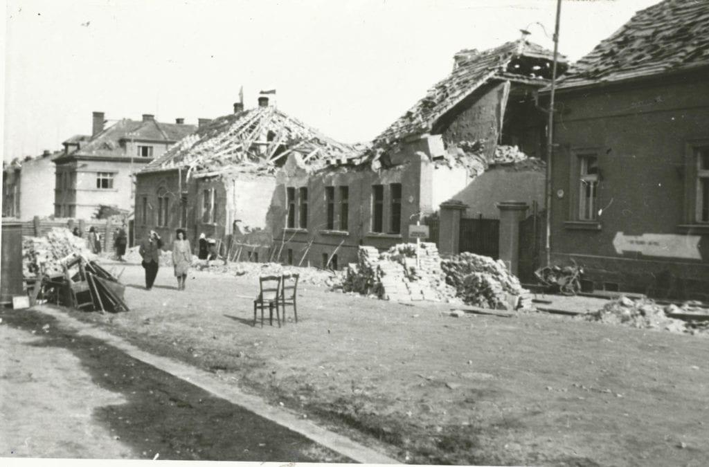 Bombardování Mladé Boleslavi 1945 Dukelská ulice