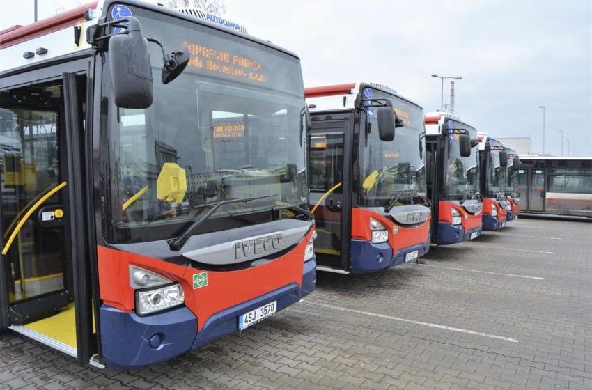 Autobusy v Mladé Boleslavi ode dneška jezdí v prázdninovém režimu