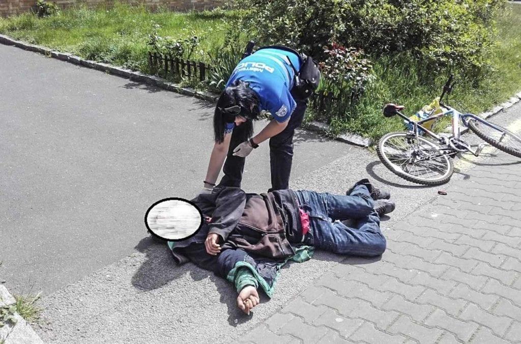 Městská policie Mladá Boleslav - poskytnutí první pomoci strážníkem