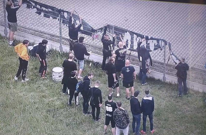 Městská policie hlídala fotbalové fanoušky, kteří nebyli vpuštěni na stadion