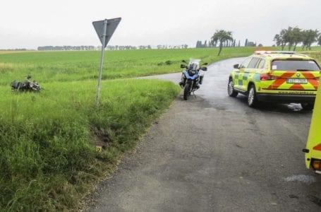 Vážná dopravní nehoda motocyklisty u Katusic na Mladoboleslavsku