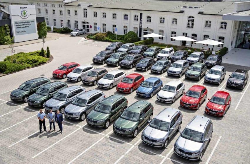 Ministerstvo vnitra převezme v příštích třech letech téměř 3300 aut Škoda