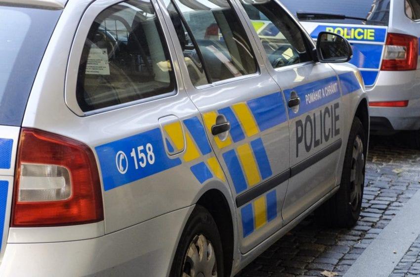 Ujíždějícího řidiče v Mladé Boleslavi zastavily až dva varovné výstřely policistů
