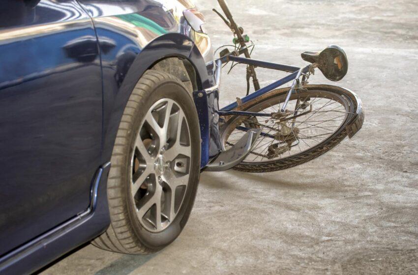 Policie hledá svědky nehody, při které byl zraněn cyklista