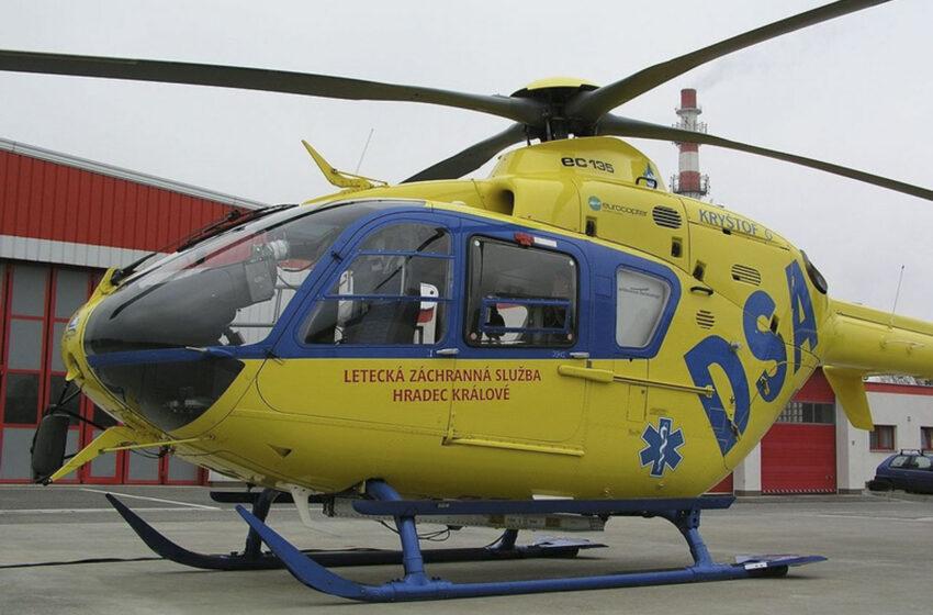 Dopravní nehoda v Kosmonosech. Zraněnou ženu transportoval vrtulník