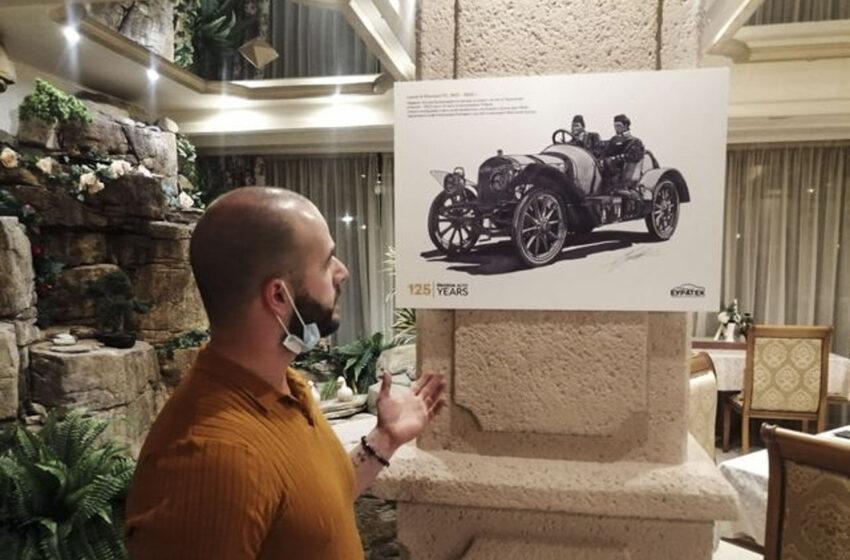 Talentovaný Bulhar kreslí historické Škodovky. Nyní slaví další úspěch