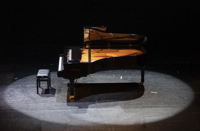 Nové koncertní křídlo v divadle rozehraje virtuos Miroslav Sekera