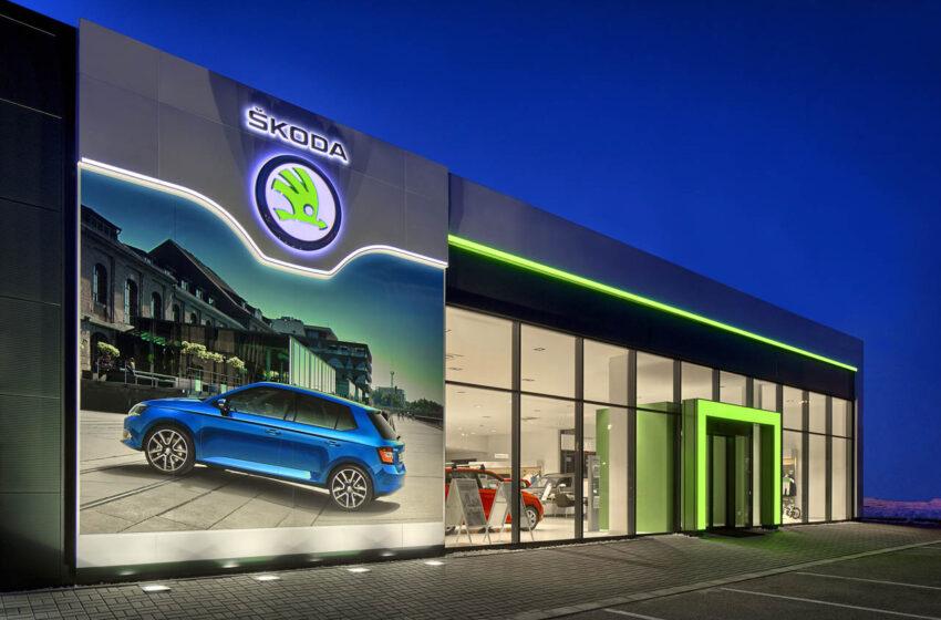 Po více než měsíci otevírají autorizovaní prodejci vozů Škoda své showroomy