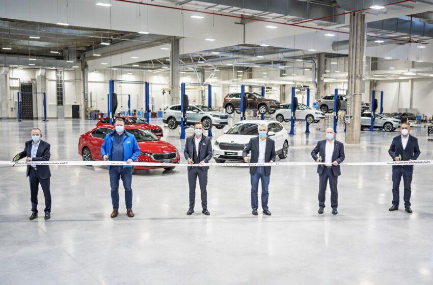 Škoda Auto otevřela novou Centrální pilotní halu, slouží pro vývoj