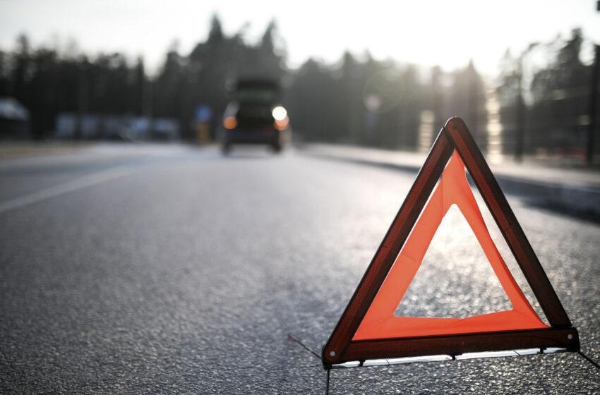 Dvě dopravní nehody v Mladé Boleslavi. Při jedné bourala i policie