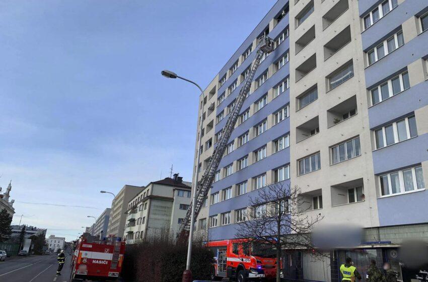 Při požáru bytu v Mladé Boleslavi zemřel muž