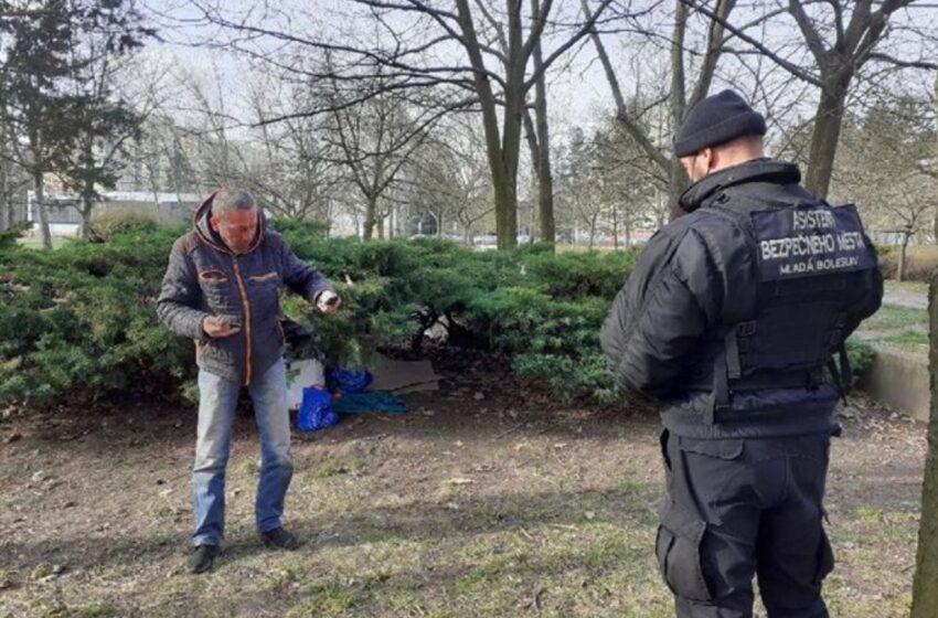 Další dva lidé bez domova odcestovali z Mladé Boleslavi
