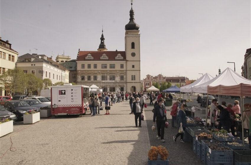Na Staroměstském náměstí proběhnou letos první farmářské trhy