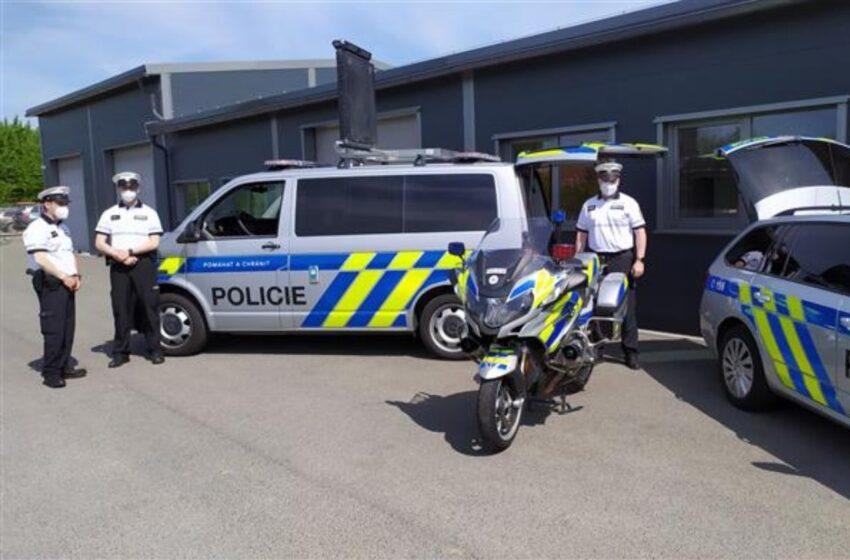 Dálniční policisté na D10 mají novou služebnu v Bezděčíně