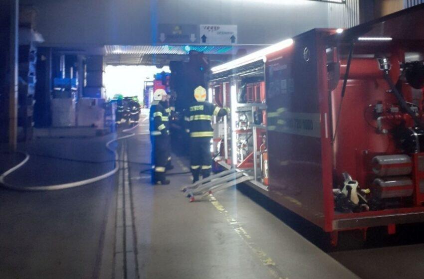 Požár ve výrobní firmě u Mladé Boleslavi napáchal milionové škody