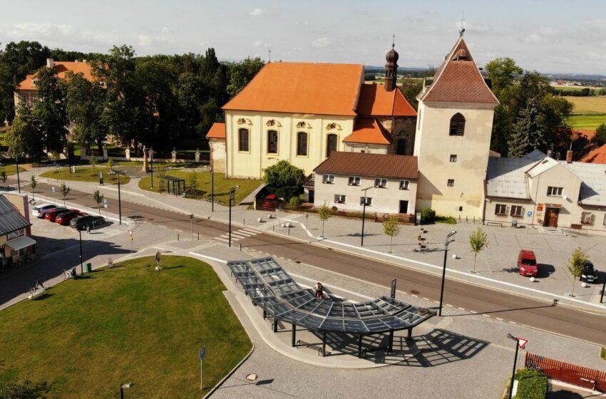 V Březně u Mladé Boleslavi otevírají kompletně proměněné náměstí