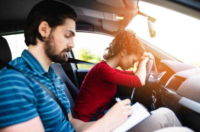 Zájemcům o řidičák přibude od října 35 otázek a do konce roku celkem 120